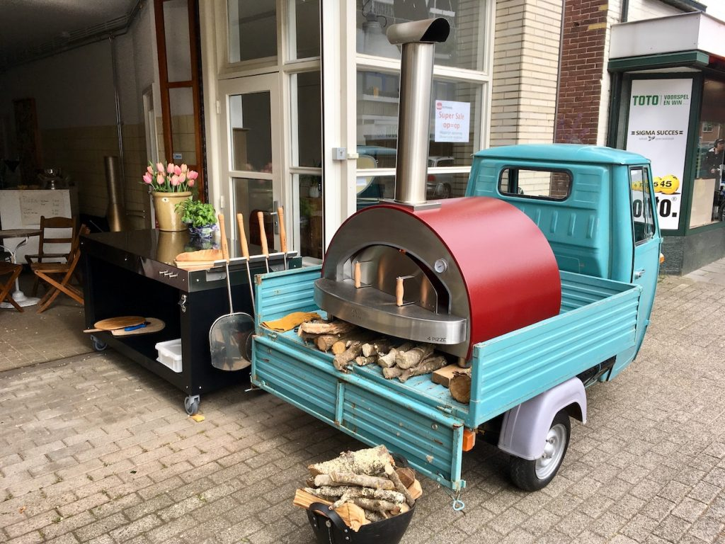 Bula Outdoor Pizza Piaggio APE Italië Event